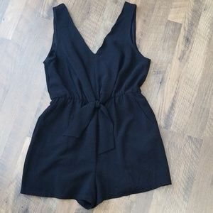 Lily rose sz medium black romper.